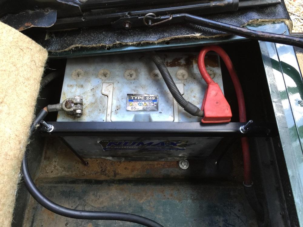 Used Land Rover Defender >> Land Rover Defender 90 renovation – battery retaining clamp | Skarach's world